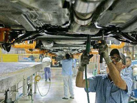 Trabas comerciales argentinas ya provocaron 700 obreros en paro