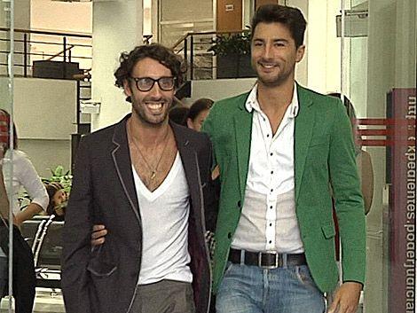 Martín y Guillermo formalizaron su pareja y esperan poder casarse