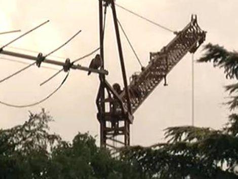 Practicaban bungee jumping y chocaron las cabezas