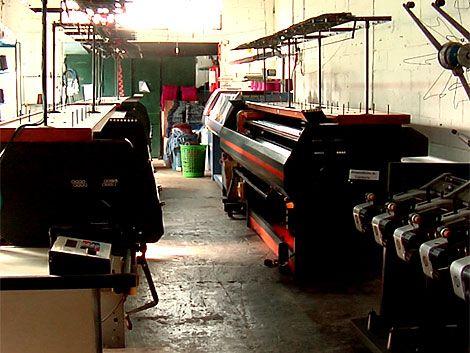 Textil de San José sufre los efectos de las trabas argentinas