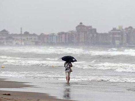 Hasta el jueves conserve el paraguas a mano