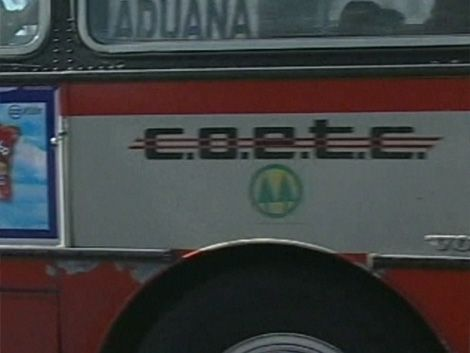 Volcó ómnibus y varios pasajeros fueron trasladados con heridas