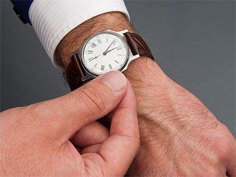 Ajusten los relojes porque el domingo habrá una hora más de sueño