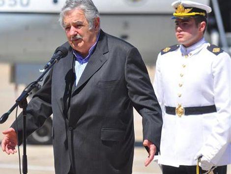 Mujica hablará en Acto del Perdón y quiere a comandantes con él