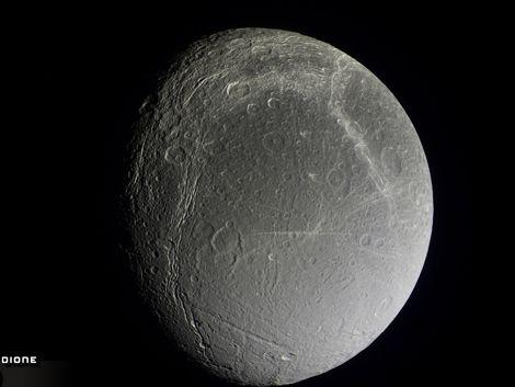 Nasa anuncia que hay oxígeno en una luna de Saturno