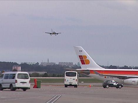 Demoras en vuelos de Carrasco por fallas en sistema de radares