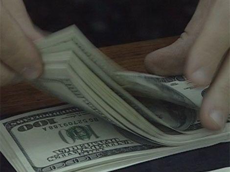 Nueva caída del dólar por octavo día en forma consecutiva
