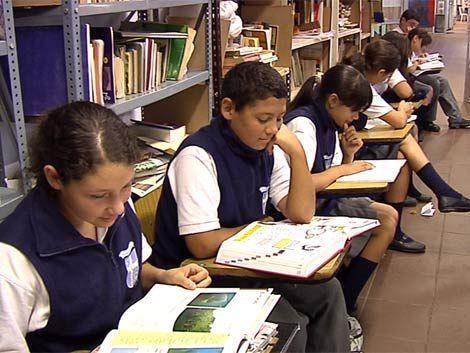 Unos 140.000 alumnos inician las clases en instituciones privadas