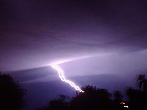 Cada vez habrá más tormentas eléctricas como la de anoche