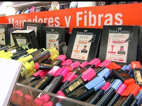 Lápices de colores van desde los 46 a los 900 pesos