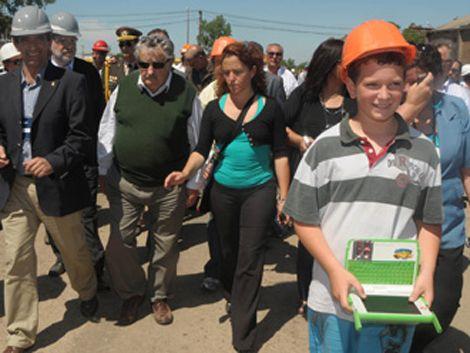 Mujica apela al  mutuo respeto para aprobar  acuerdo educativo
