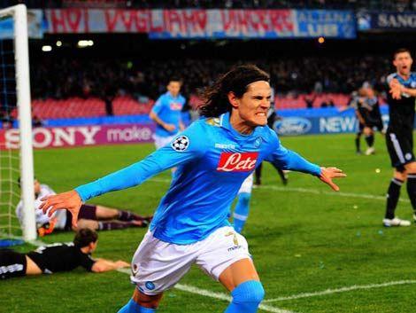Gol de Cavani allanó el pase del Nápoles a cuartos