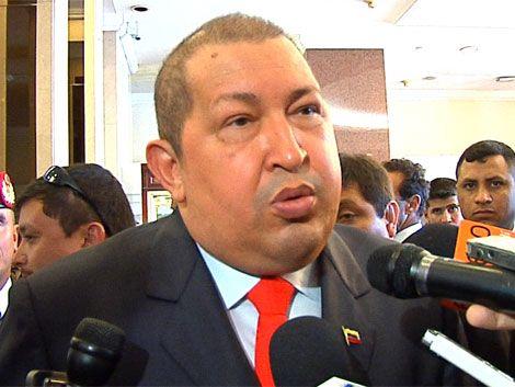 Hugo Chávez anuncia que debe ser operado nuevamente de urgencia