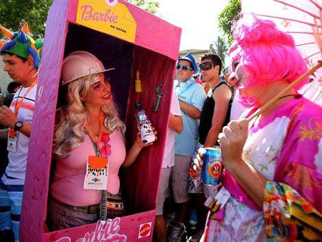 Millones de brasileños dan rienda suelta a la alegría carnavalera
