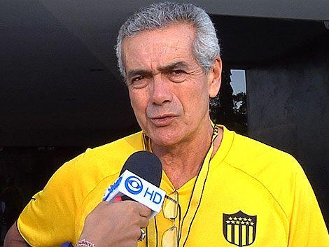 Gregorio Pérez confirmó a Maxi Pérez titular