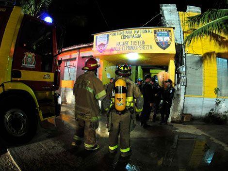 Al menos 272 presos murieron en un incendio en cárcel de Honduras