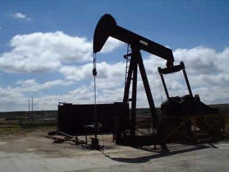 Ancap se asocia para explorar y explotar petróleo
