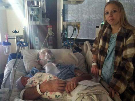 Adelantó el parto para que su marido vea a su hija antes de morir