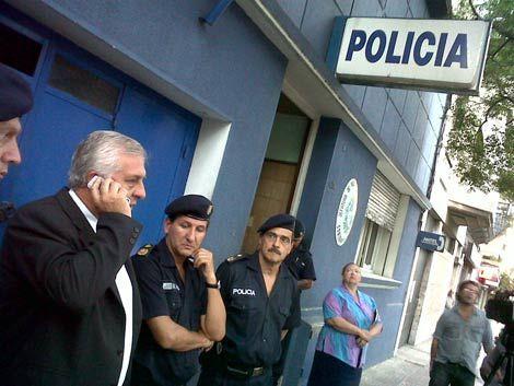 Siguen declarando policías implicados en caso de extorsión