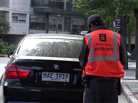 La intendencia guinchó unos 12.000 vehículos durante 2011