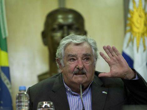 Gobierno quiere que Mujica sea el Batlle y Ordoñez del siglo XXI