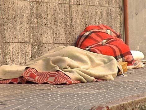Retiran indigentes de las calles por necesidad y estética