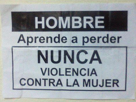 Volantes de Mujica contra violencia doméstica fueron una ofensa