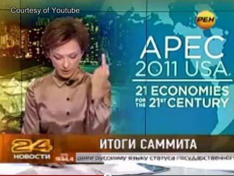 Periodista rusa despedida por hacerle un gesto obsceno a Obama