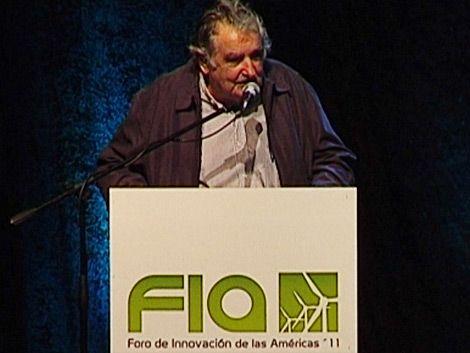 Mujica adelantó que el Censo 2011 revelará baja de población