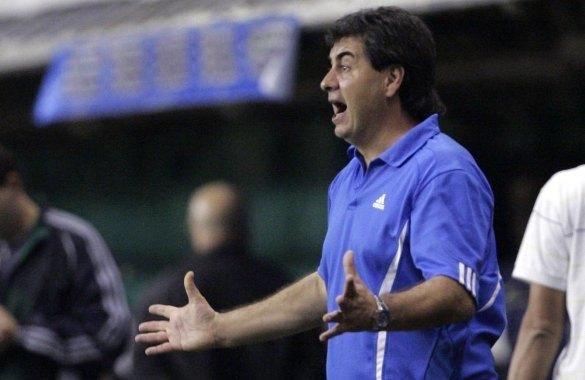 ¿Creés que Gregorio Pérez debe ser sustituido en Peñarol?