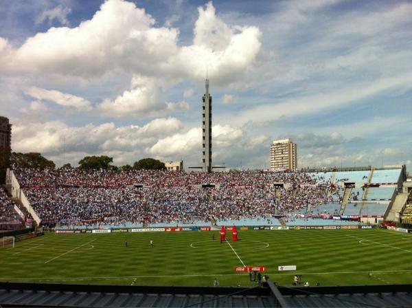 El clásico ya se juega: primeros minutos son para Peñarol