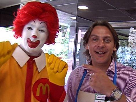 McDía Feliz en apoyo a Peluffo Giguens y casa Ronald McDonald