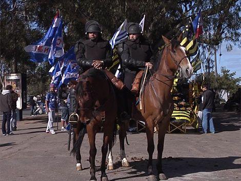 Habrá 918 policías trabajando en la seguridad del clásico