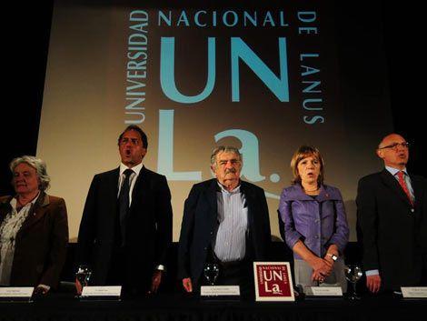 Mujica instó a la región a no hacerle el juego a las potencias