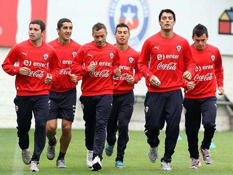 Jugadores chilenos tildaron de mentiroso al técnico Borghi