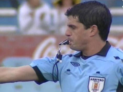 Fernando Cabrera arbitrará Nacional y Roberto Silvera Peñarol
