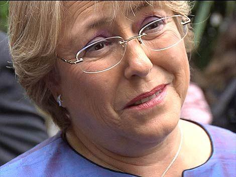 Bachelet llamó a trabajar contra la violencia doméstica
