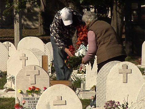 Hay más de 100 cuerpos desaparecidos en cementerios capitalinos