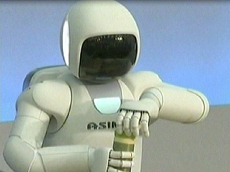 Inventan un robot que tiene sensibilidad en las manos