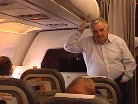 Mujica a Río Grande por negocios en cinco ramas industriales
