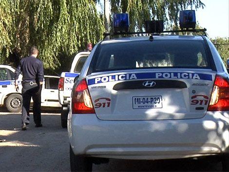 Rapiña a local de Anda terminó con policía incomunicado