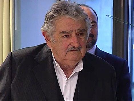 Mujica pidió terminar enfrentamientos inútiles en la educación