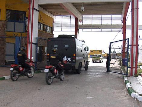Trasladaron a 50 presos del Comcar a Punta de Rieles