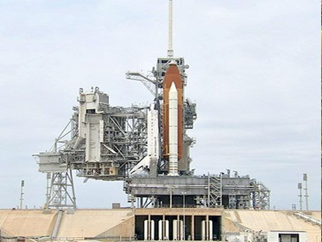 Suspenden lanzamiento del transbordador Endeavour
