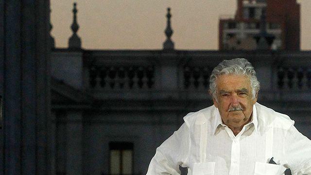 Mujica dispuesto a ser candidato presidencial si él elige al vicepresidente