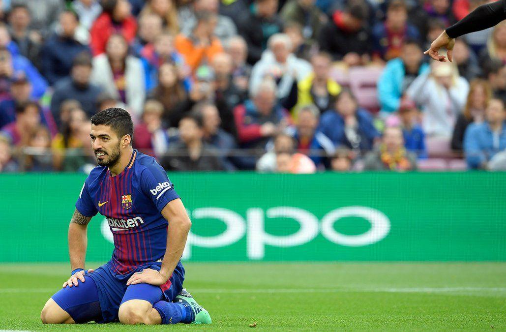 Luis Suárez anotó para la victoria 2-1 del Barcelona frente al Valencia