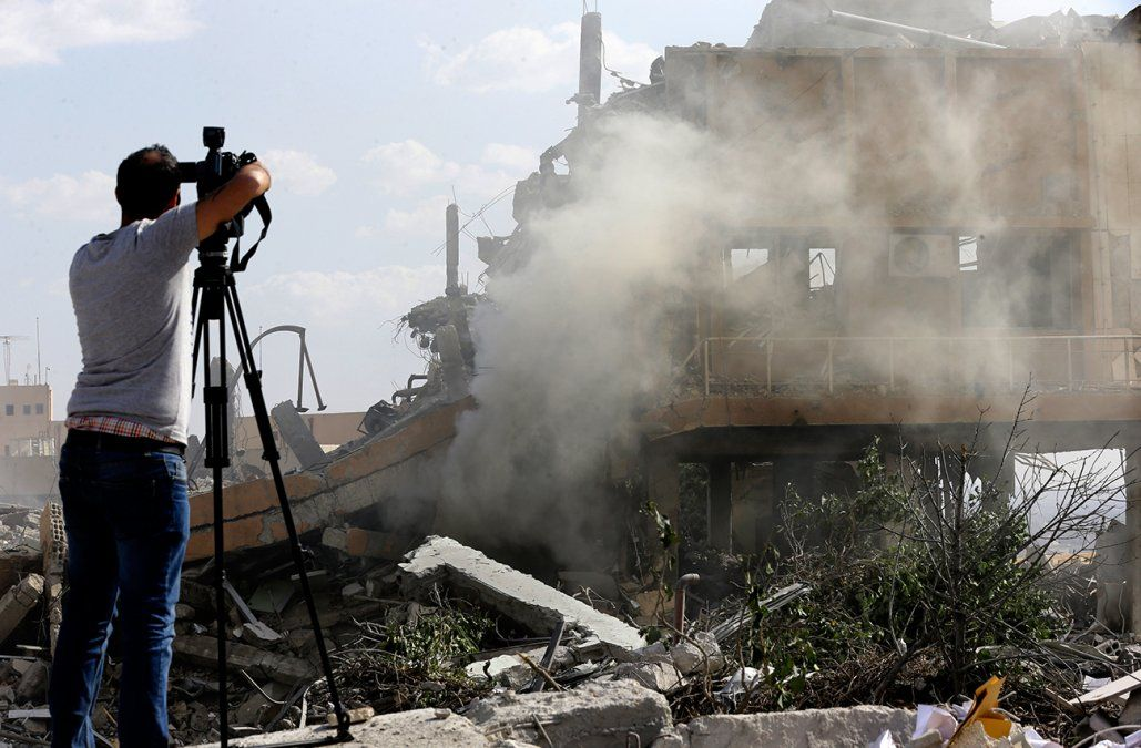 Empleados de un centro bombardeado en Siria aseguran que no producían armas