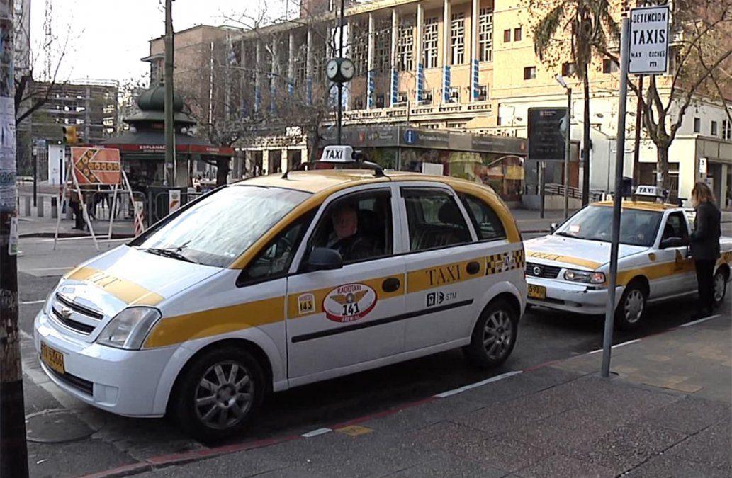 A partir de las 00 horas de este lunes aumenta la tarifa del taxi un 5.58%