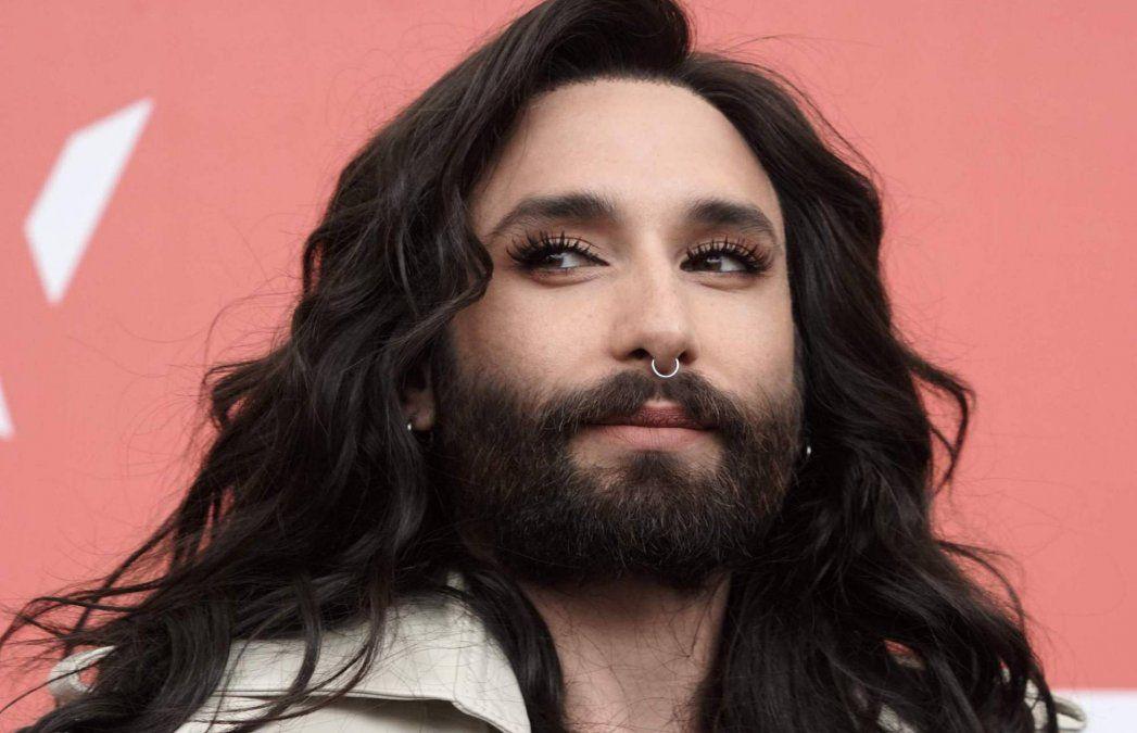Tras ser extorsionada, Conchita Wurst revela que tiene VIH
