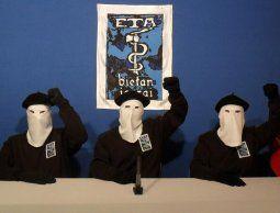 La ETA pide perdón a pocas semanas de su disolución